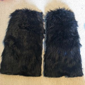 Other - ❌SOLD❌ Black Fluffies